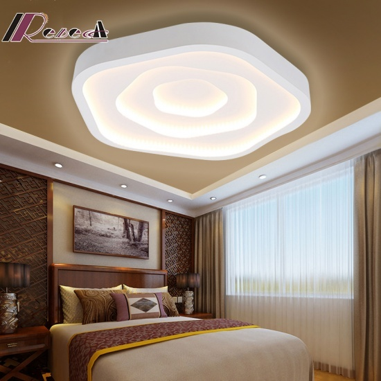 Artistic Tricolor Rose Shaped Lighting Ceiling Lamp for Bedroom